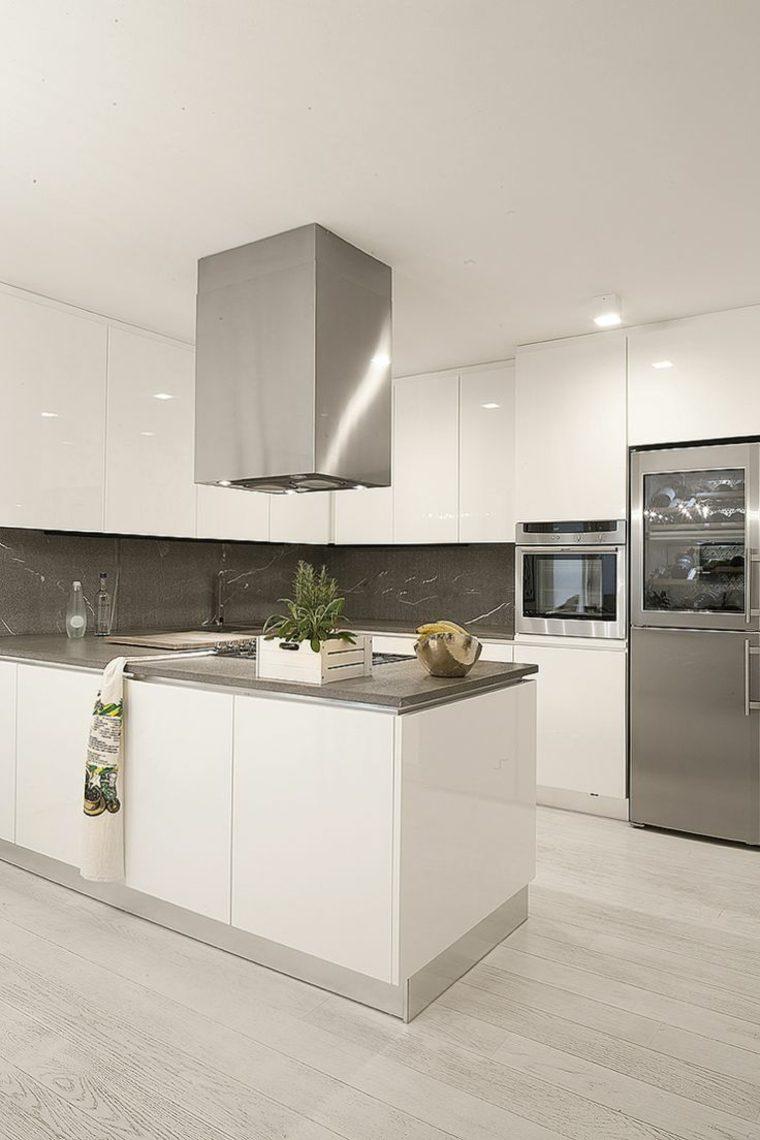 cocinas blancas brillo elegancia opciones encimeras negras ideas