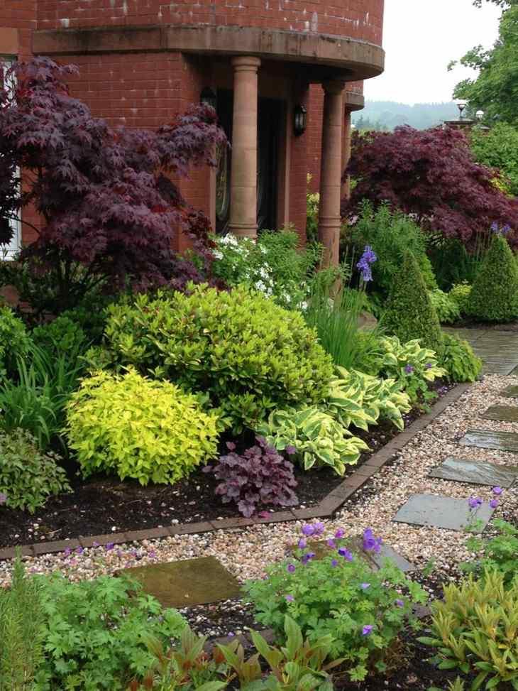 combinaciones plantas arbustos senderos ladrillos