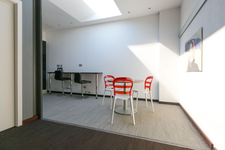 cuarto oficina luz artificial techo