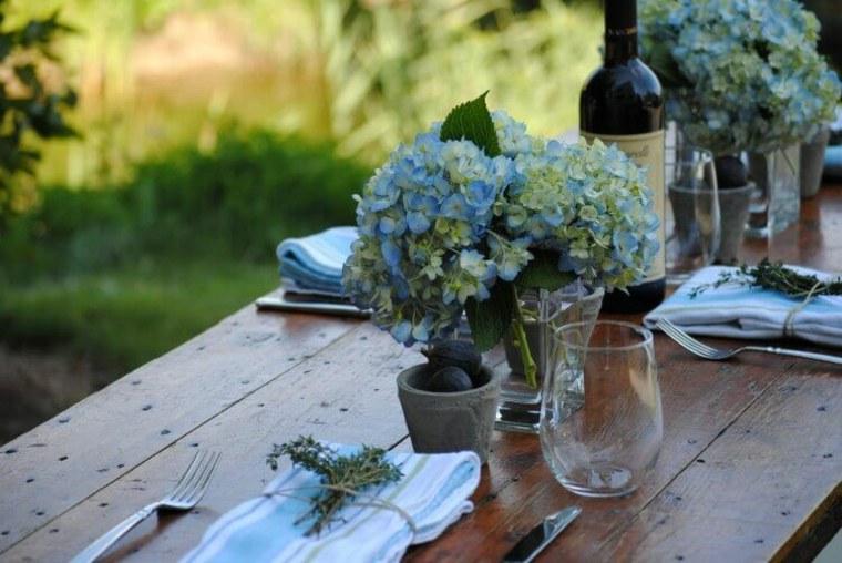 decorar mesa flores naturales