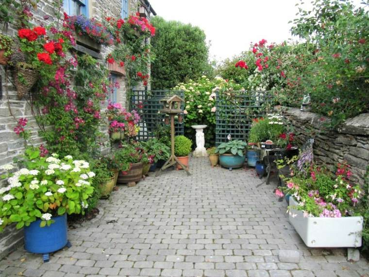 decoración pared flores plantas