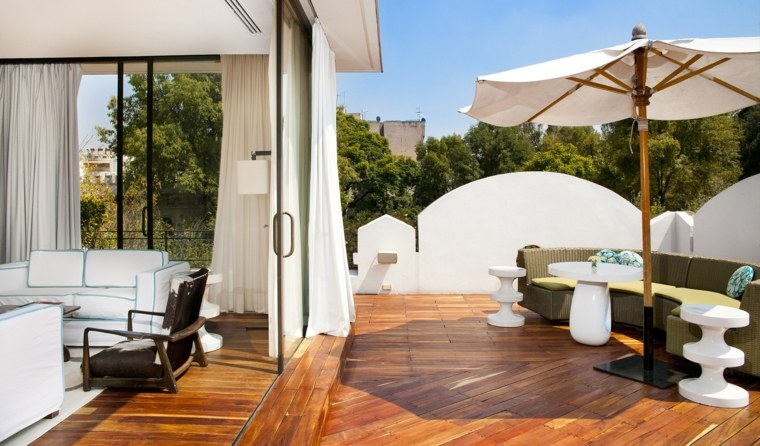 Decoracion terrazas chill out 25 lugares m gicos y for Terrace shed designs india