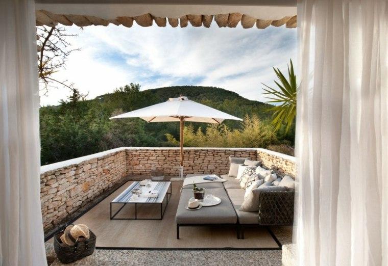 decorar terraza moderna muebles alfombra rustica barandilla ideas
