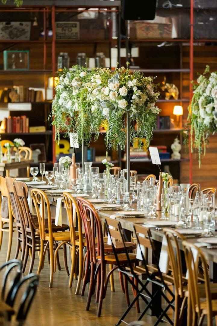 detalles-para-bodas-primaverales-centros-mesa-altos