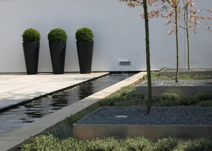 diseño de jardines minimalismo negro jardineras agua