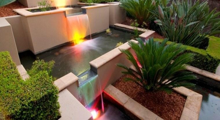 diseños originales fuentes cascada jardin
