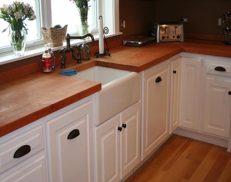 encimera madera muebles cocina blancos
