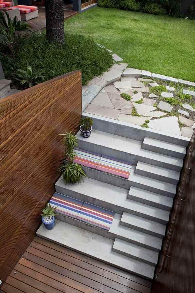 escaleras jardin bloques hormigon