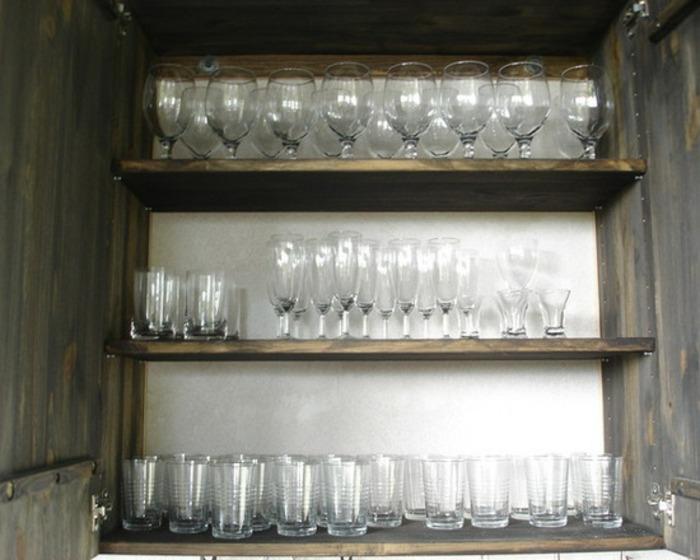 estantes vajilla hogares extremos vasos