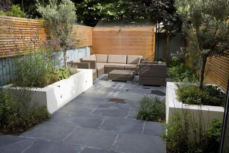 estupenda decoración patios adosados