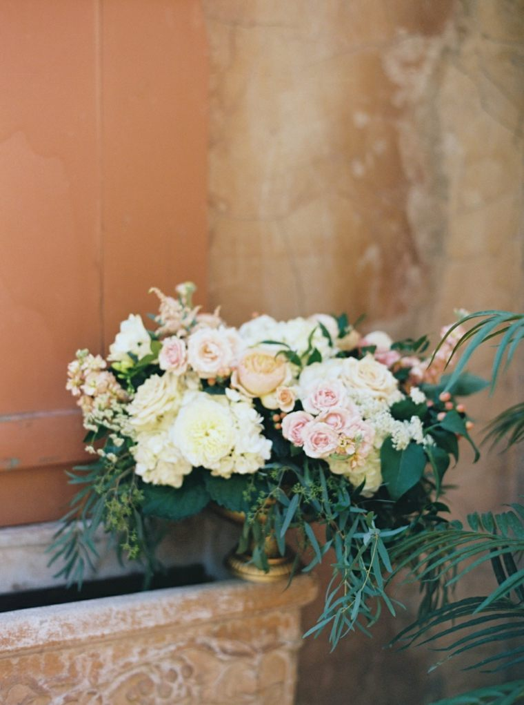 estupendo ramo centro mea flores