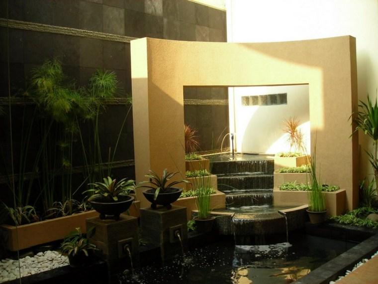 Cascadas y fuentes de jard n modernas 42 ideas estupendas - Fuentes para terraza ...