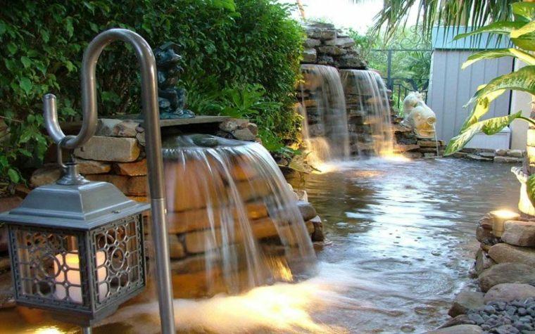 Cascadas y fuentes de jard n modernas 42 ideas estupendas for Fuentes ornamentales jardin