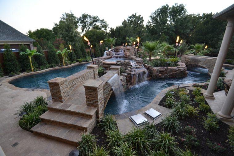 fuentes originales isla piscina jardin