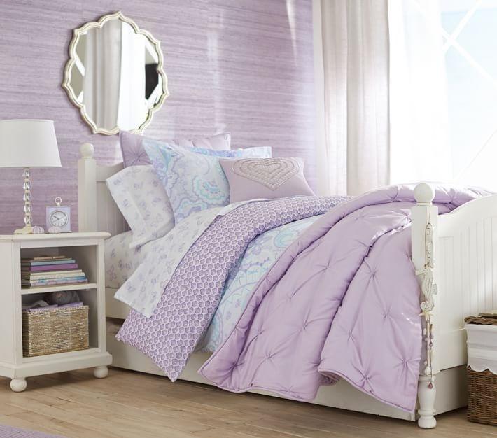 habitacion niña diseno paredes ropa cama purpura ideas
