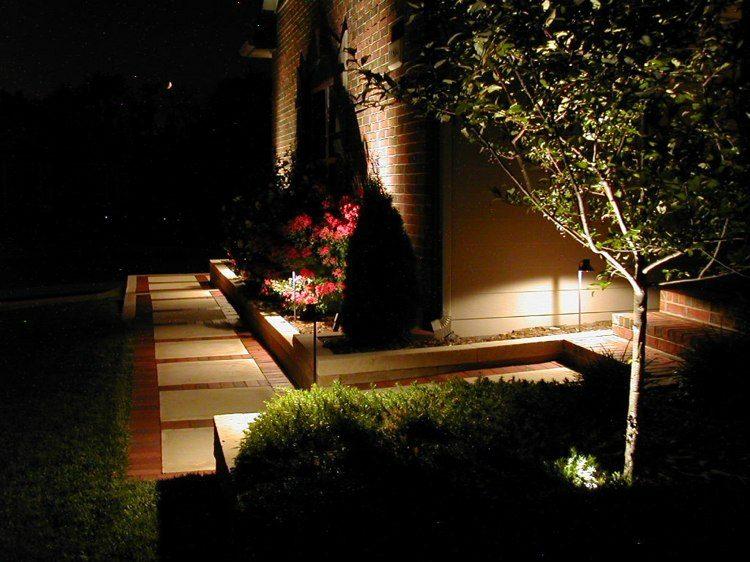 ideas iluminar jardines terrazas