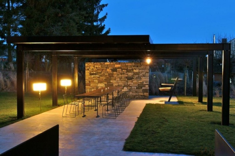 Iluminacion exterior jardines llenos de vida y color - Lamparas de terraza y jardin ...