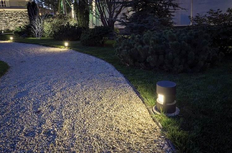 iluminacion exterior jardines piscina sendero gravas