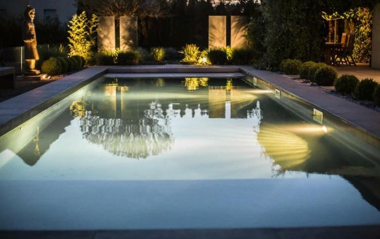 iluminacion exterior jardines conceptos fuentes piscina