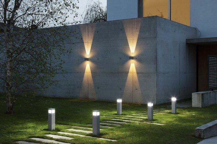 Iluminacion exterior jardines llenos de vida y color for Focos para exterior jardin