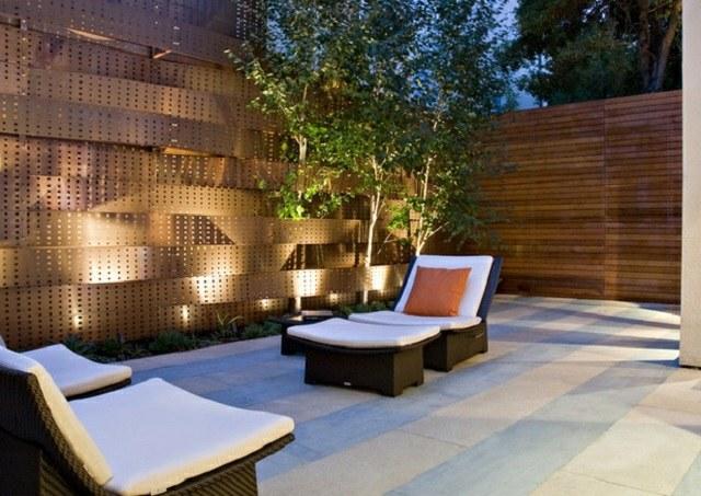 iluminacion exterior moderna jardin pequeno tumbonas ideas