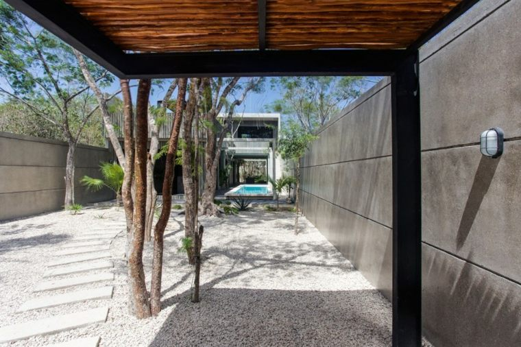 jardin casa disenada Studio Arquitectos Mexico ideas