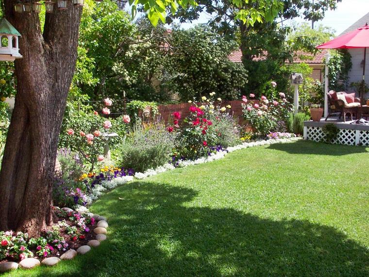 jardin cesped plantas flores precioso ideas