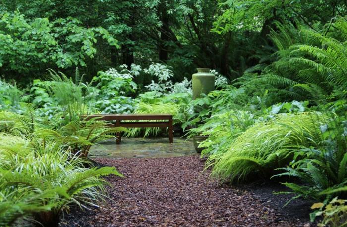 jardines borde pendientes mantillo helechs