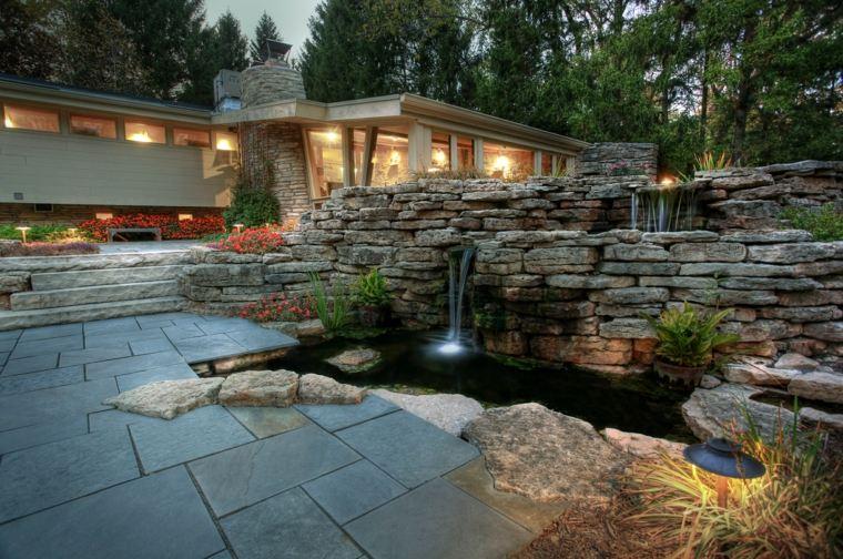 jardin moderno rocalla fuente