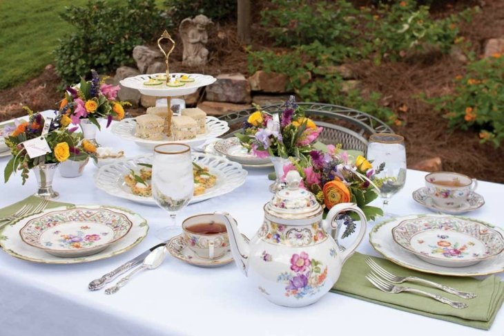 mesas de jardin decoracion eventos frescas flores