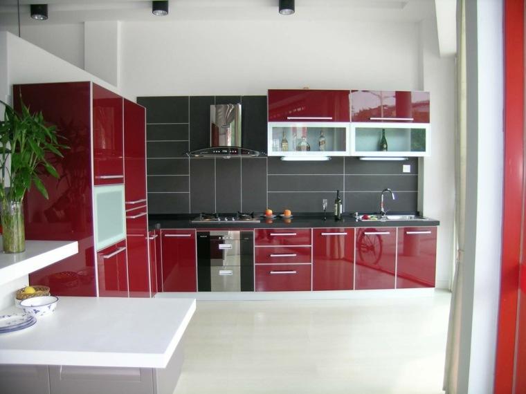 Cocinas rojas y blancas descubre la nueva tendencia de for Muebles de cocina 2016