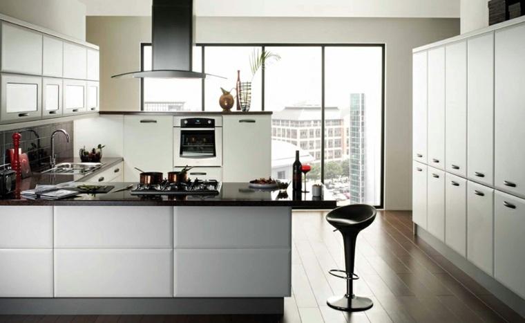 Cocina blanca y negra descubre la tendencia de este a o - Cocinas blancas lacadas ...