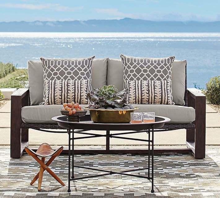 Mesas y sillas de terraza baratas top mesas altas de for Muebles de exterior baratos