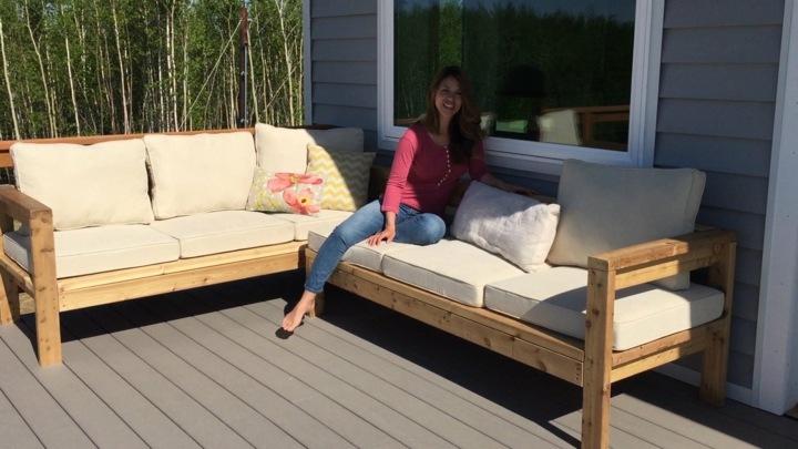 muebles jardin con palets cojines arboles bambu