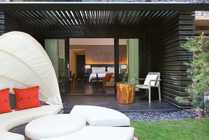 muebles ratan forma ovalada terraza silla mesa madera cristal ideas