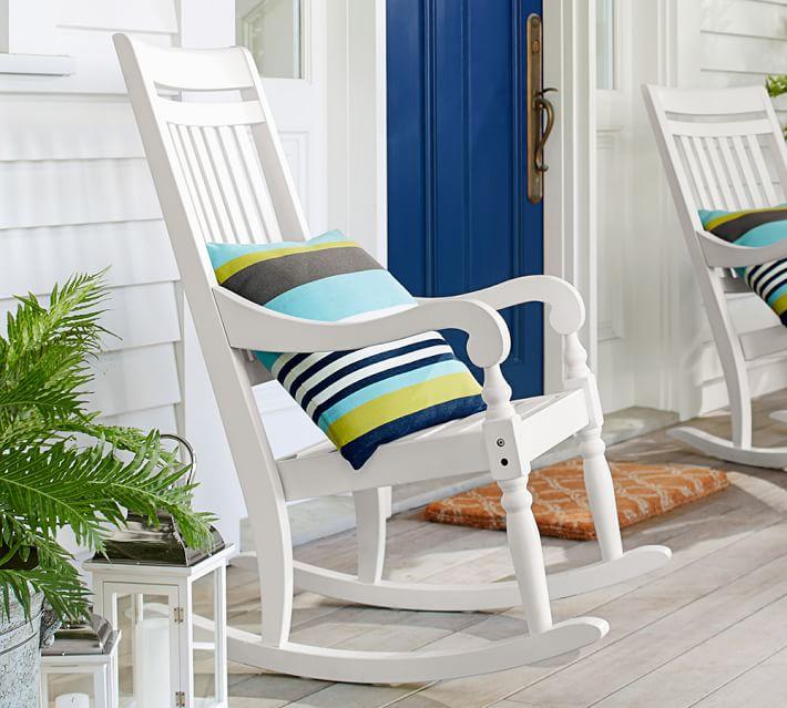 muebles terraza silla blanca balanceadora porche ideas