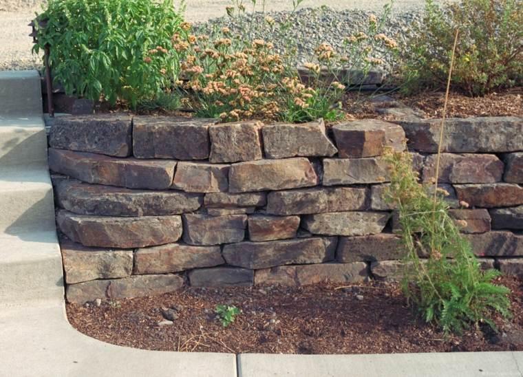 muro bonito piedras secas