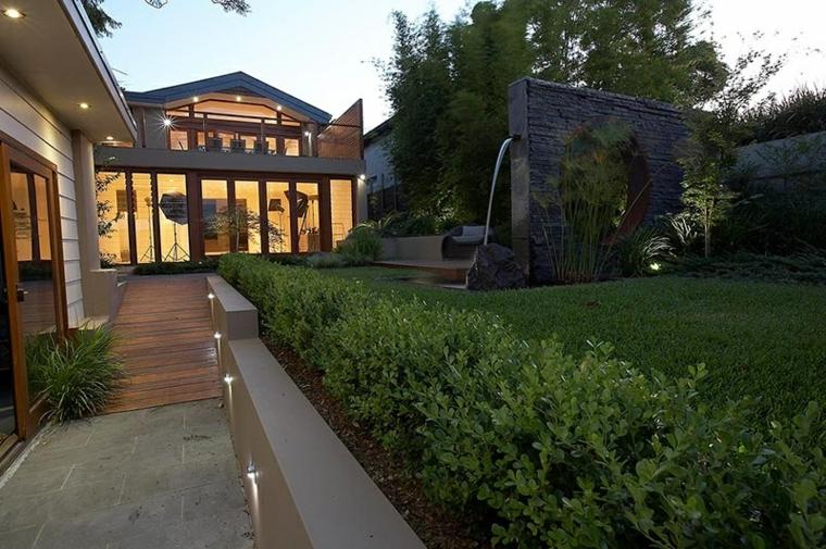 muro jardin fuente cascada diseño Rolling Stone