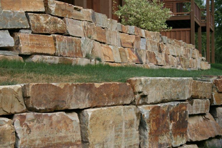 muros de piedras rectangulares piedras