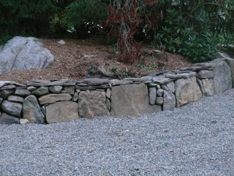 original diseño muro piedras grises