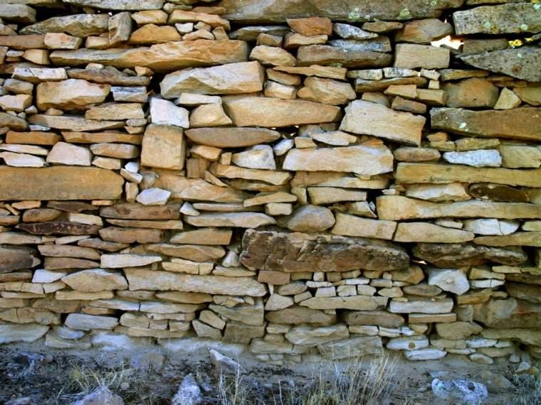 Muros de piedra seca sin cemento 24 ideas para jardines - Tipos de muros de piedra ...