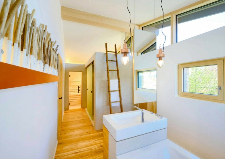 pasillo lavabo escaleras originales madera