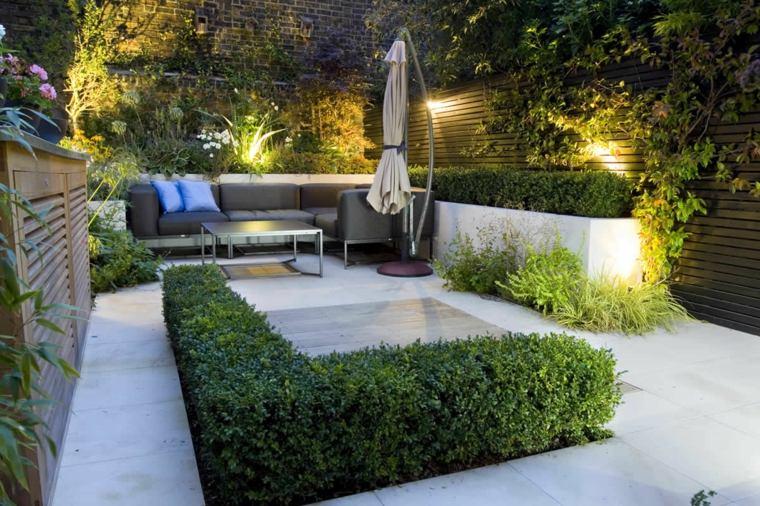Parcelas rectangulares y jardines de chalets adosados 24 for Patios y jardines modernos