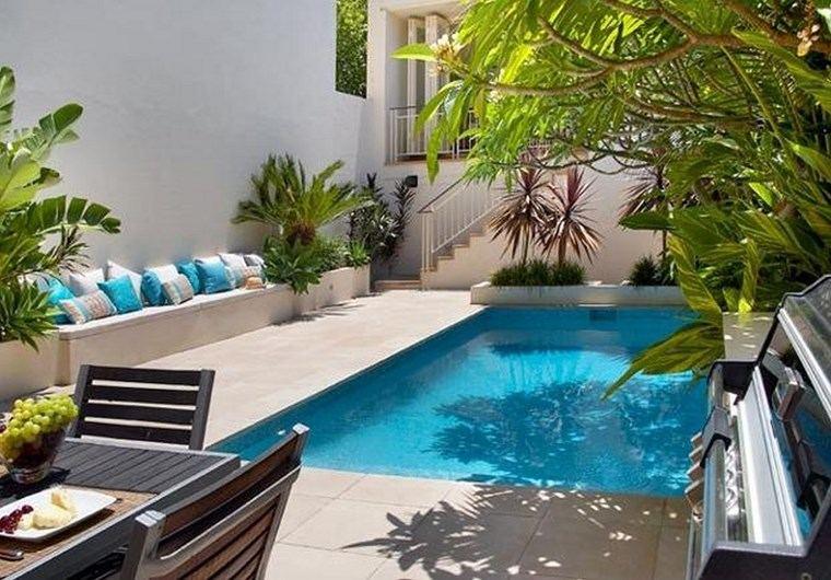 piscinas diseno original jardin pequeno moderno ideas