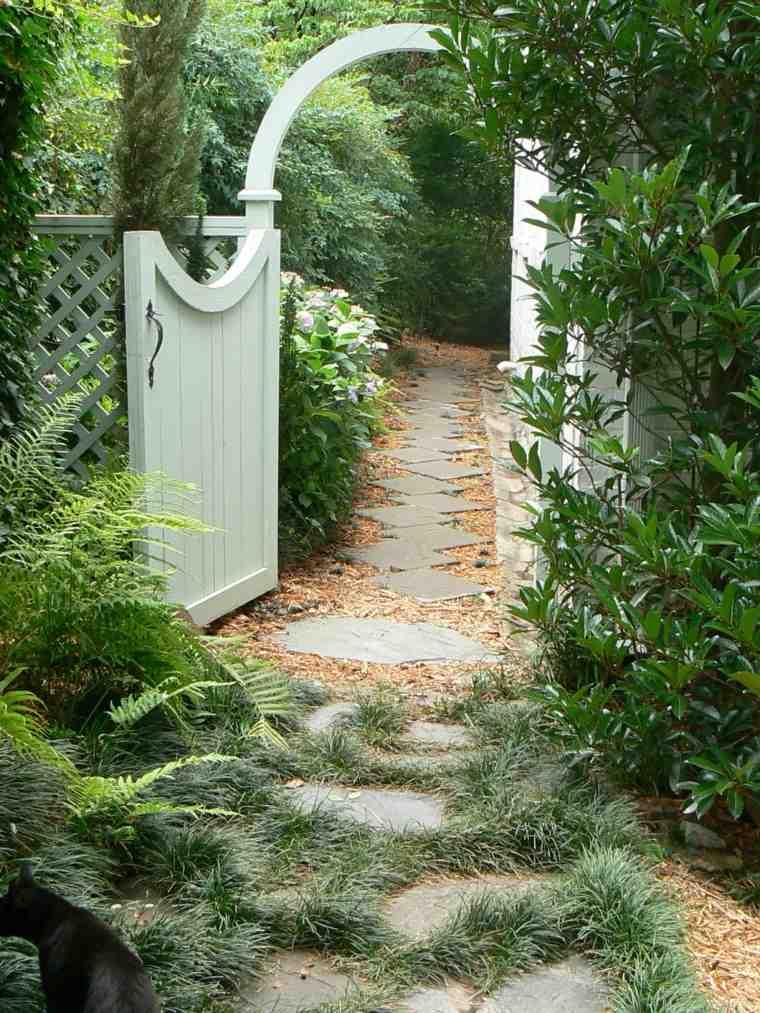 originales puertas de jardín