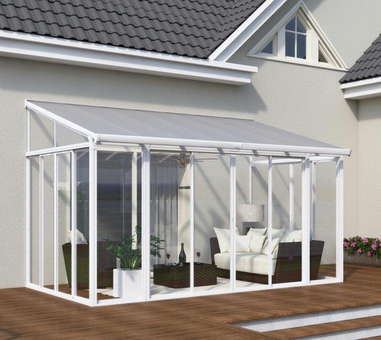 Pérgolas diseño de salones en el jardín protegidos del sol -
