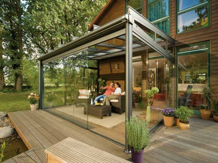 salon pequeno moderno acristalado patio ideas