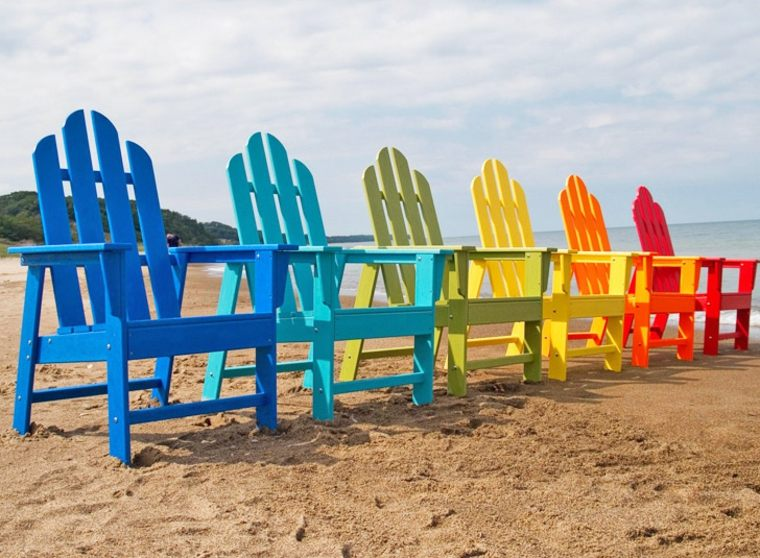 sillas colores plastico reciclar muebles