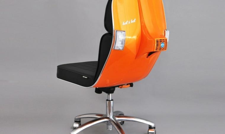 sillon reciclado moto Vespa respaldo naranja