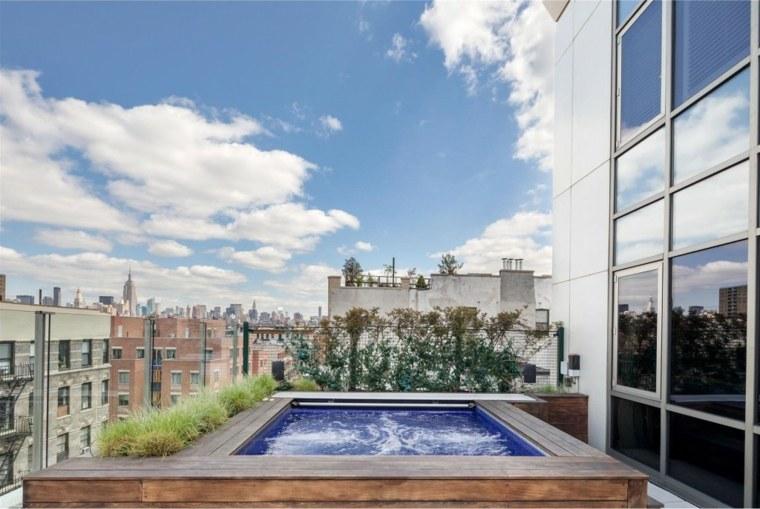 terraza moderna piscina jacuzzi